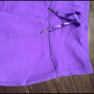 Lululemon purple yoga crop pants